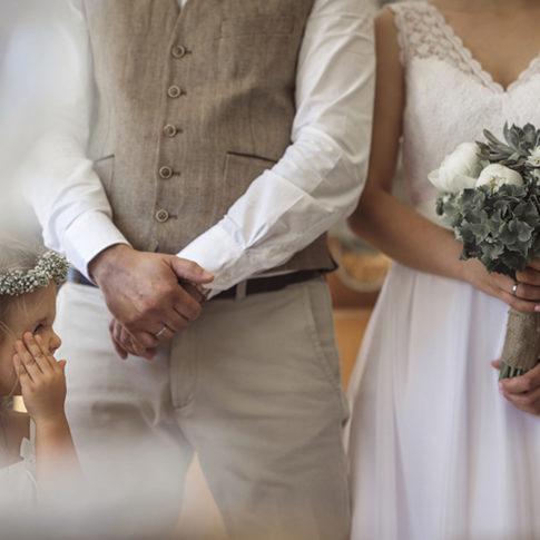 Φωτογράφιση γάμου, φωτογράφιση κατά το μυστήριο στην Αράχοβα | Dimitris Tsinias