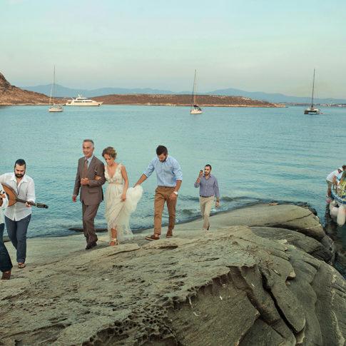 Φωτογράφηση παραδοσιακού γάμου στην Πάρο Dimitris Tsinias Photography